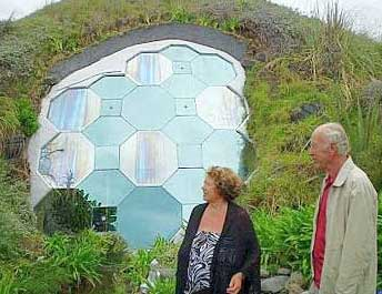 Styrofoam Dome underground dome homes - construction and benefits